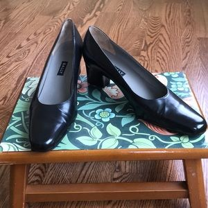 Bally Classic Black Pumps Size 7